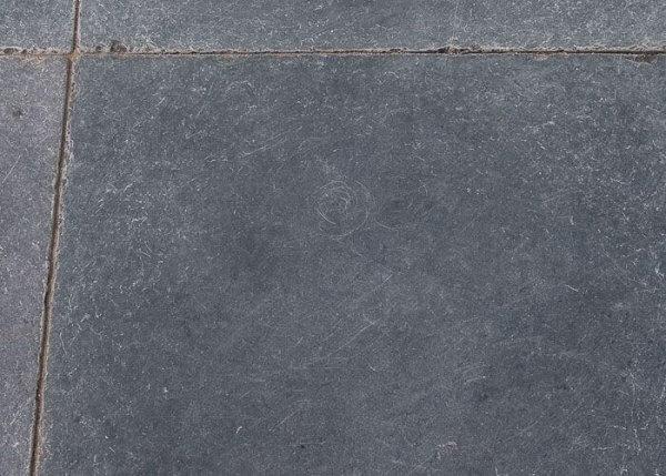 Vietnamees hardsteen getrommeld 60 x 60 x 3