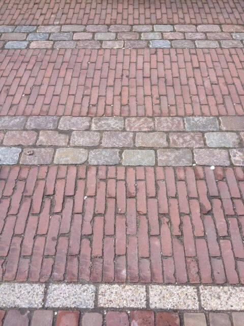 Rode oude gebakken waaltformaat Nijmegen